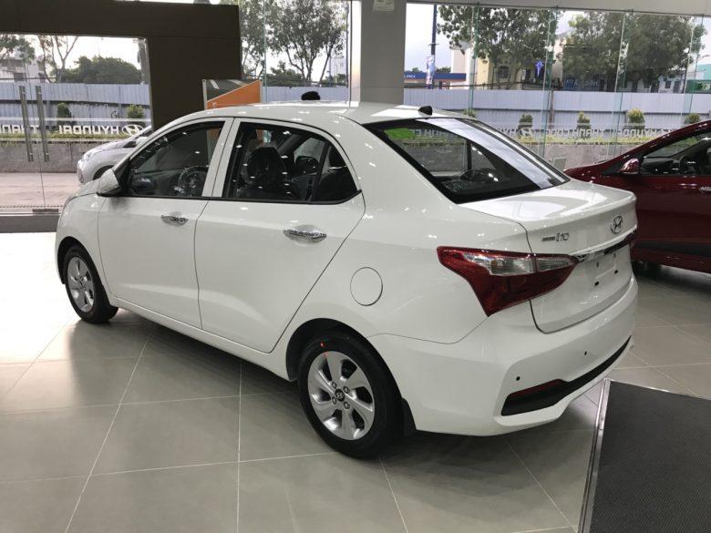 grand 10 sedan 2018
