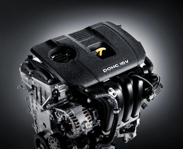 Động cơ Atkinson MPI 2.0L cho công suất tối đa 149 mã lực tại 6.200 vòng/phút, Momen xoắn cực đại 180 Nm tại 4500 vòng/phút