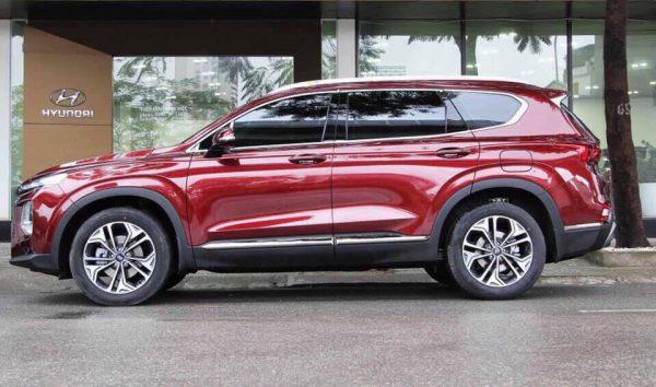 Hyundai Santafe màu đỏ