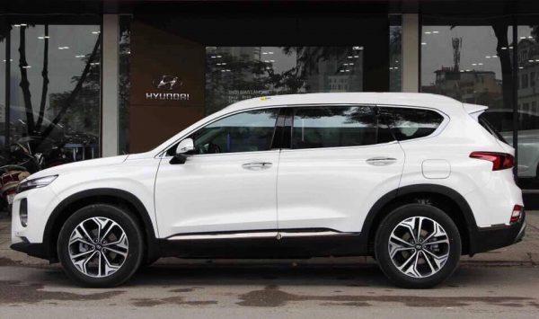 Hyundai Santafe màu trắng